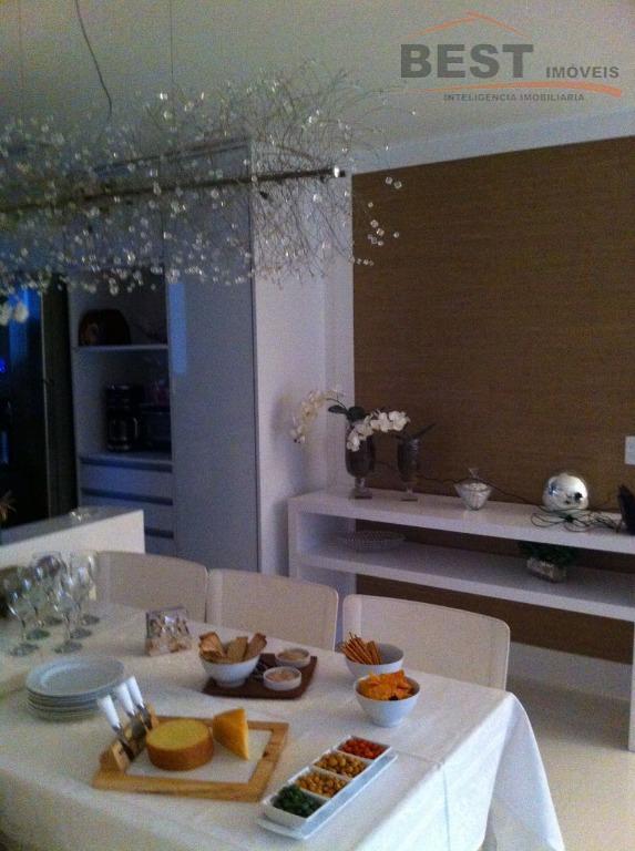 apartamento impecável, entrar e morar, rico em armários,living 2 ambientes, cozinha integrada ,varanda com churrasqueira, face...