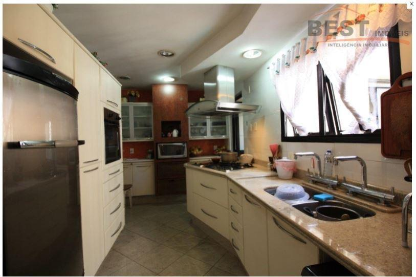 localização privilegiada,rua tranquila, suites com armários, cozinha planejada,living 3 ambientes, varanda gourmet, dep. emp. lazer, 4...