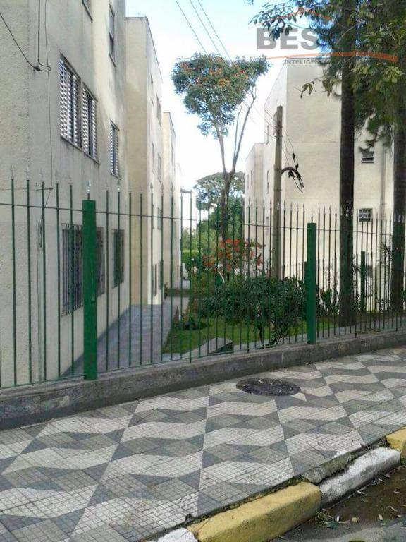 apto. localizado no bairro alto de pinheiros, no condomínio 2001, 74 m., 3 dts. sendo 1...