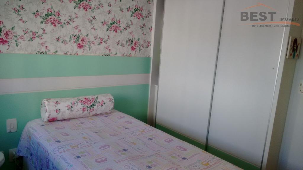 ótima localização, 3 dormitórios sendo 1 suite com armários embutidos, cozinha planejada,living 2 ambientes, varanda gourmet...