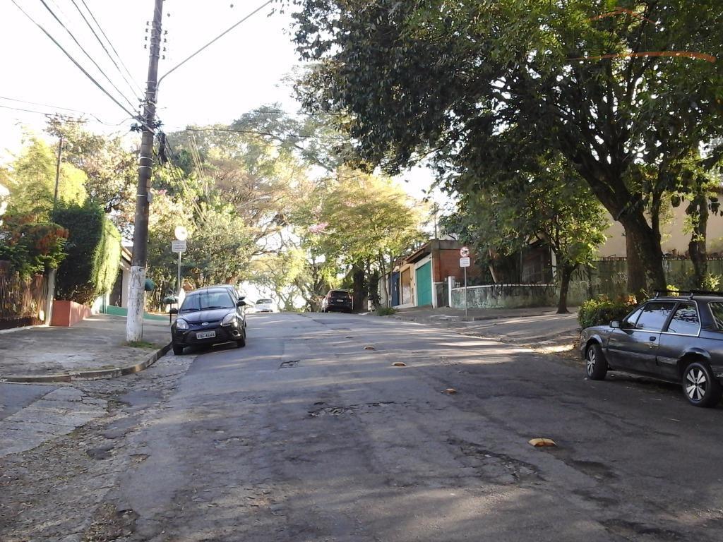 ótimo apto. em excelente localização no bairro da vila madalena, ´proximo a praça por do sol,...