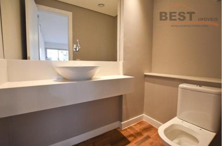 apartamento reformado com 03 dormitórios, sendo 2 suite 1 vaga, 129m2 com muita luz e ventilação,excelente...