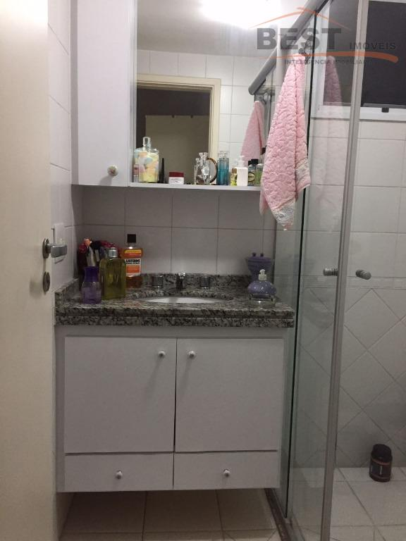 apartamento andar alto, 3 dormitórios com armários , sala 2 ambientes, varanda, cozinha planejada, uma vaga...