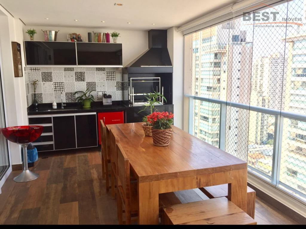 andar alto, 3 suítes com armários , cozinha planejada, lavabo, living 2 ambientes, varanda gourmet, 2...