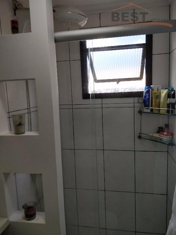 ótima localização no alto da lapa.sala para 2 ambientes , lavabo , cozinha planejada , lavanderia...