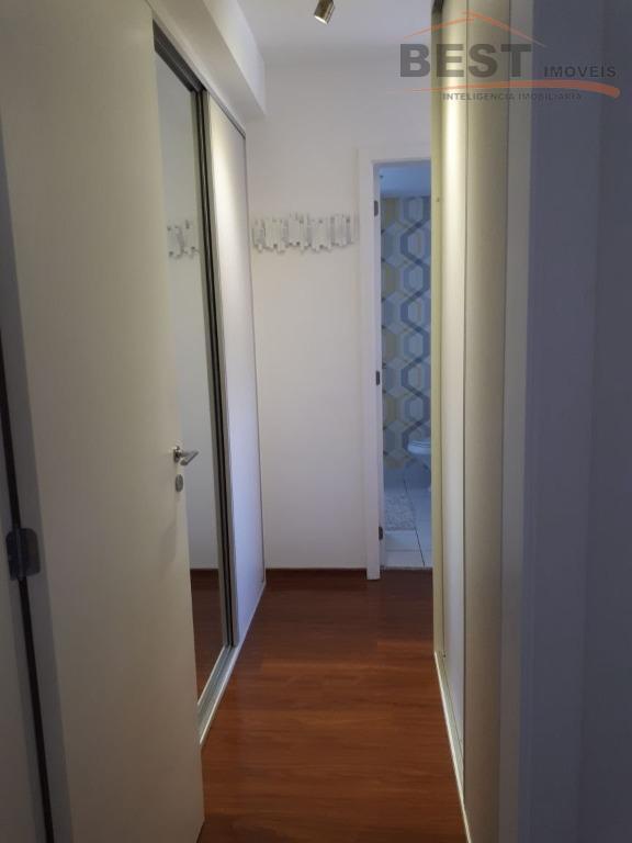 condomínio clube, apartamento com 3 dormitórios sendo 1 suite, armários embutidos, piso em carpete de madeira,...