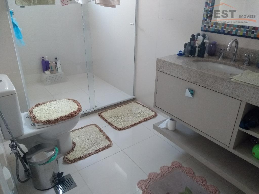 ótimo condomínio, lazer de lazer completo, apartamento com 4 suítes , escritório, sala tv, sala estar,...