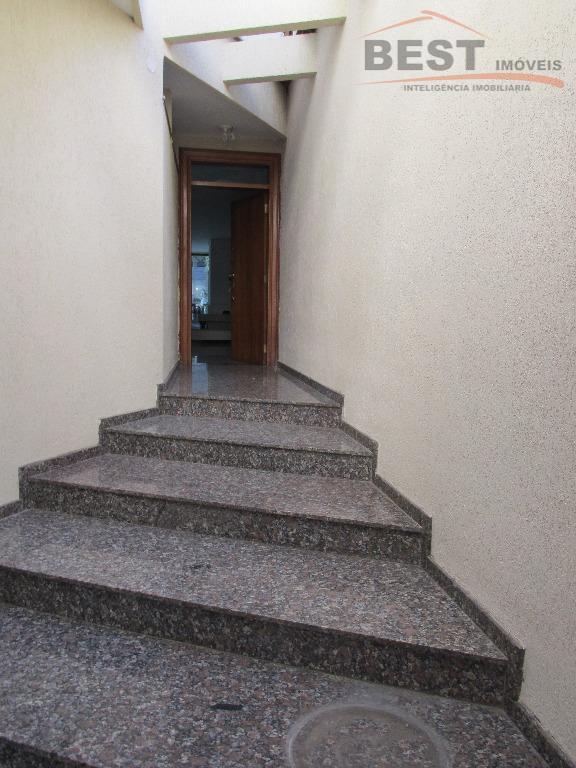 imóvel único. em uma das melhores ruas do bairro com acabamento diferenciado! piso inferior: com lavabo,...
