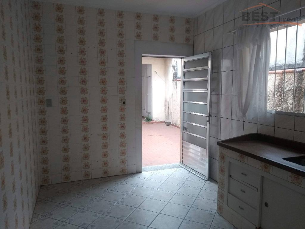 sobrado comercial ou residencial .ótimo localização , sala para 2 ambientes , cozinha , área de...