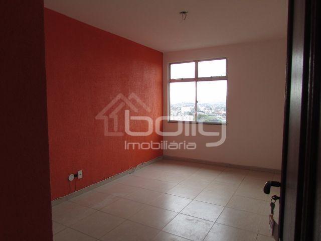 Apartamento reformado 2 quartos, Alcântara, São Gonçalo.