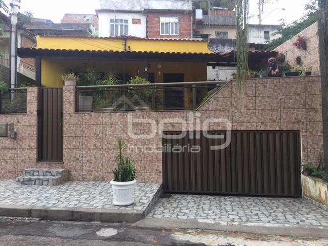 Casa  Linear à venda, Barreto, Niterói.
