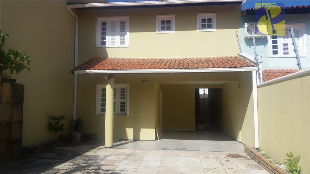 Casa residencial à venda, Sapiranga, Fortaleza - CA2083.