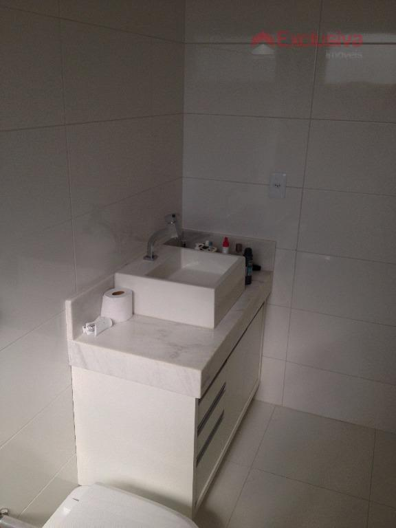 lindo sobrado, riquíssimo em armários belitta planejados, 03 suítes, sendo 01 master c/ closet e banheira...