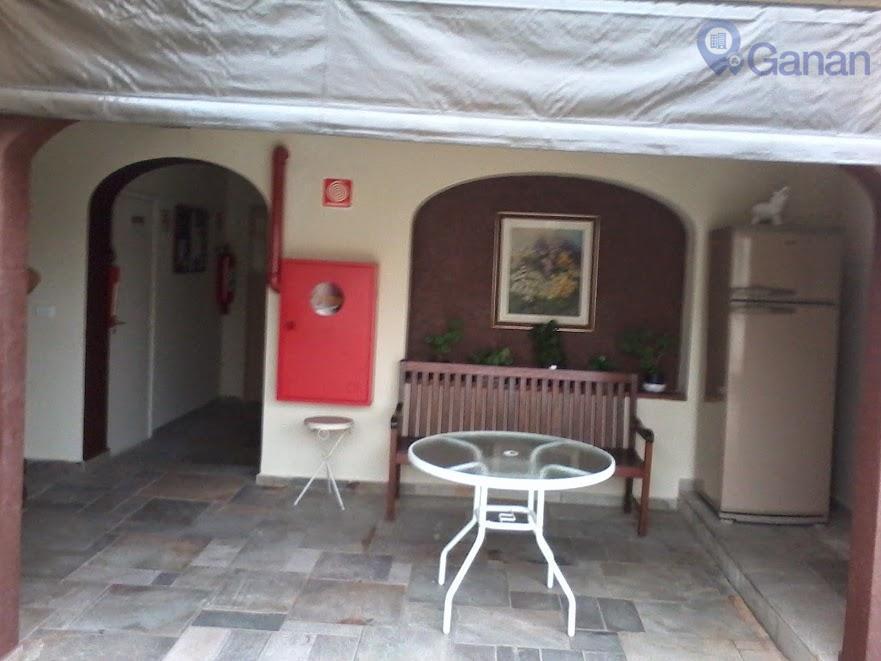 * reformado* amplos cômodos* avenida jandira * excelente local, cercado do melhor comércio de moema* ao...