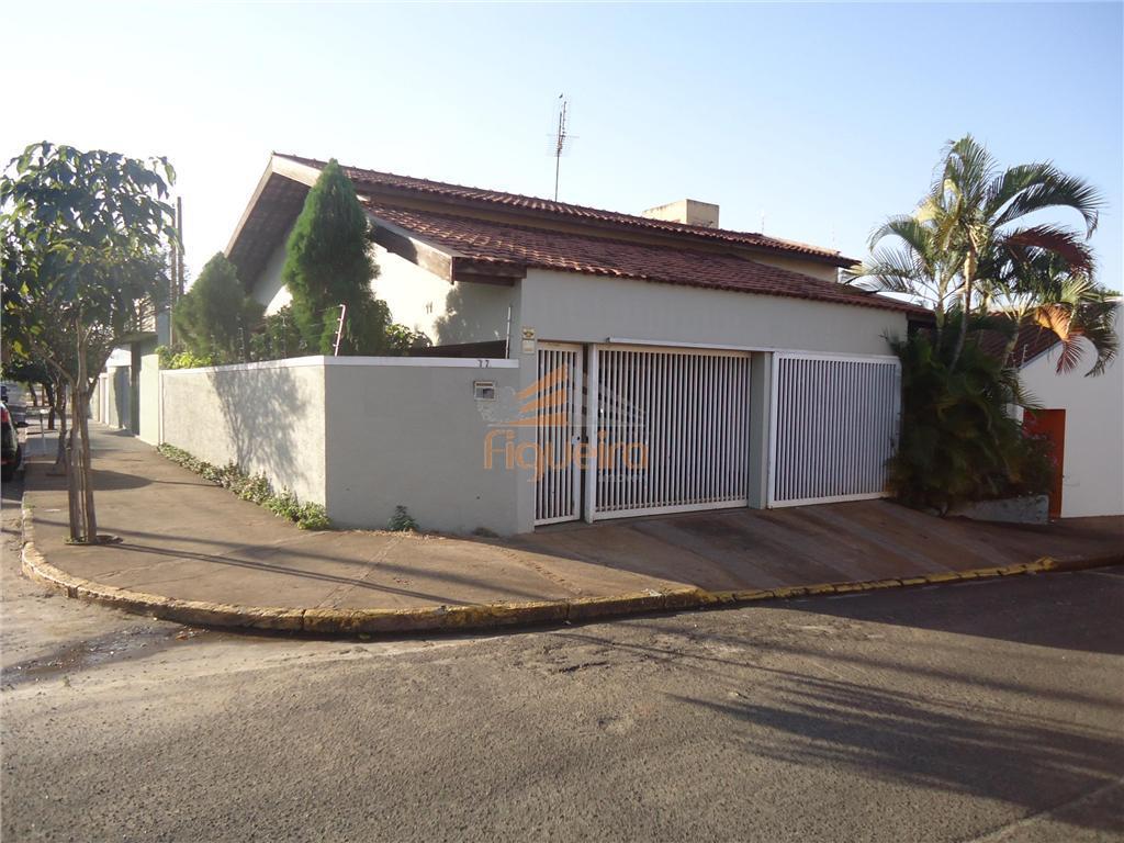 Casa residencial para locação, Centro, Barretos.