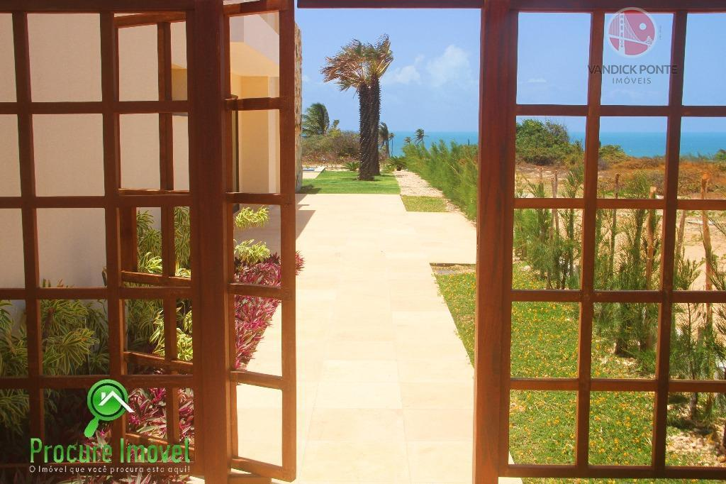 mansão charmosa, mobiliada, 301 m2 de área construída com 4 suítes todas com closet e moveis...