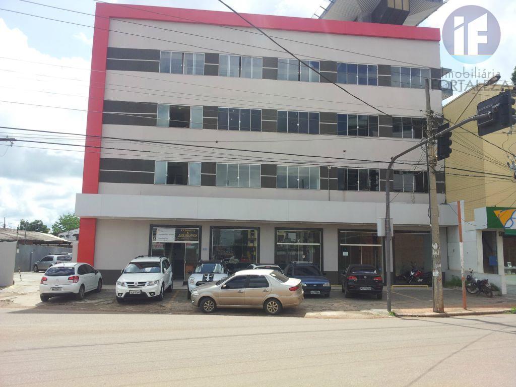 Prédio comercial para locação, Bosque, Rio Branco.