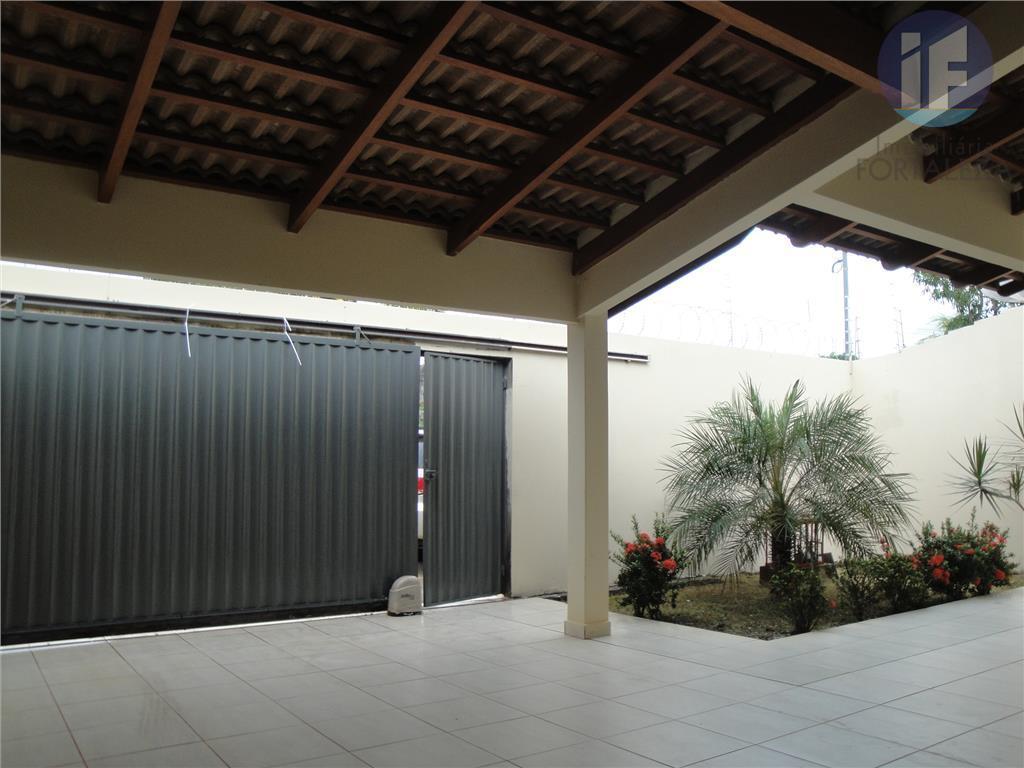 Casa residencial à venda, Vila da Amizade, Rio Branco.