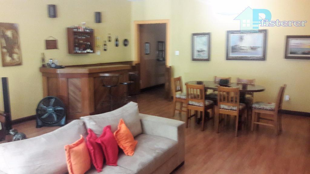 belíssimo apartamento em ótimo estado, todo em piso paviflex e com móveis embutidos, quadríssima, rua domingos...