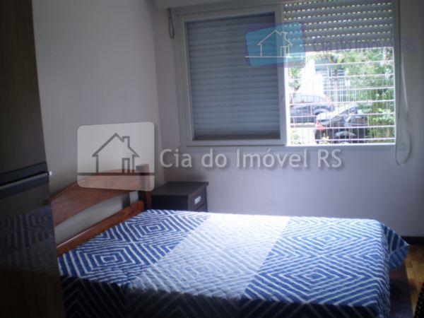 ótimo investimento!apartamento em bom estado, com dois dormitórios, living, cozinha, banheiro, área de serviço, fácil acesso,...
