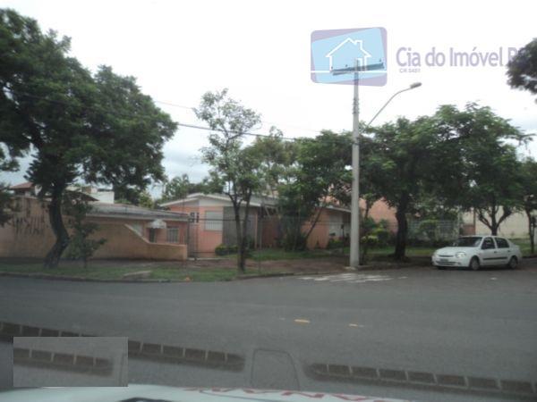 Casa comercial para locação, São Sebastião, Porto Alegre.