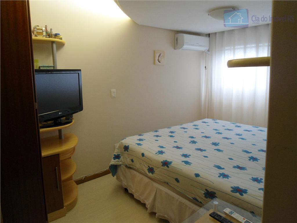 ótimo apartamento 02 dormitórios,suíte,banheiro social,living amplo,cozinha, área de serviço,sacada com churrasqueira,box coberto,elevador,salão de festas,sala de musculação,recreação,playground,localização...