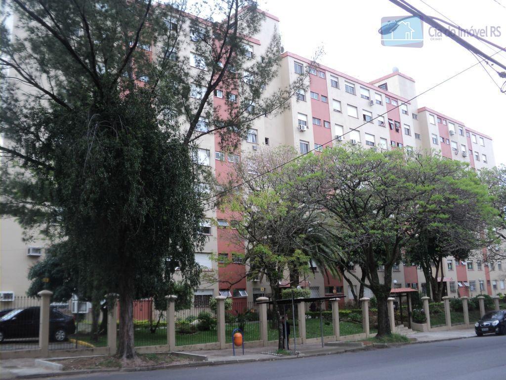 Apartamento residencial para locação, Jardim Itu Sabará, Porto Alegre.