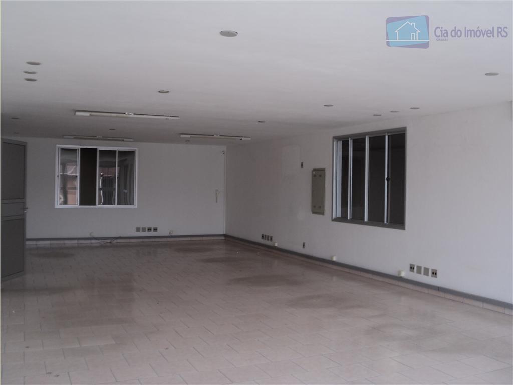 pavilhão com 800m, pé direito de 7,50m, piso industrial, dois pavimentos de área administrativa, com banheiros,...