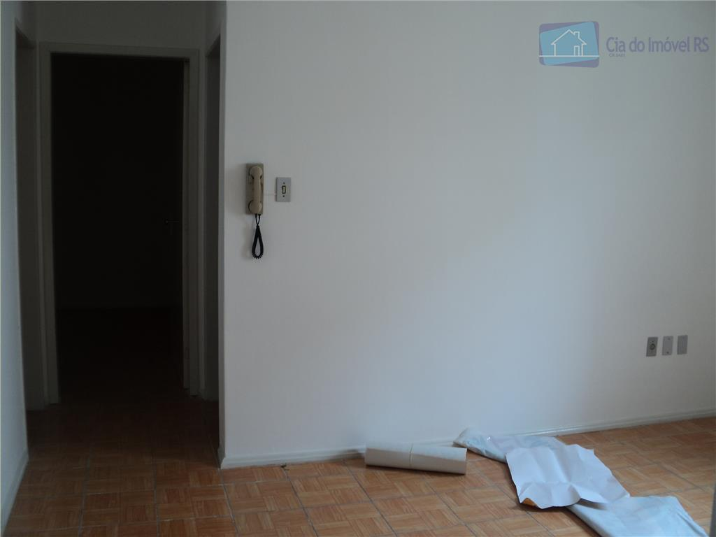 apartamento com 02 dormitorios, sala, cozinha, banheiro, area de serviços, de frente, lugar tranquilo, terreo.ligue (51)...