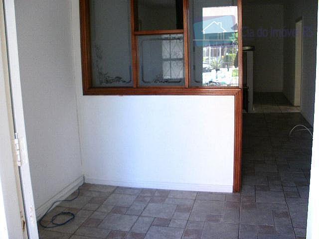 excelente casa em alvenaria, 03 dormitórios (sendo um suíte), hall de entrada, sala de estar com...