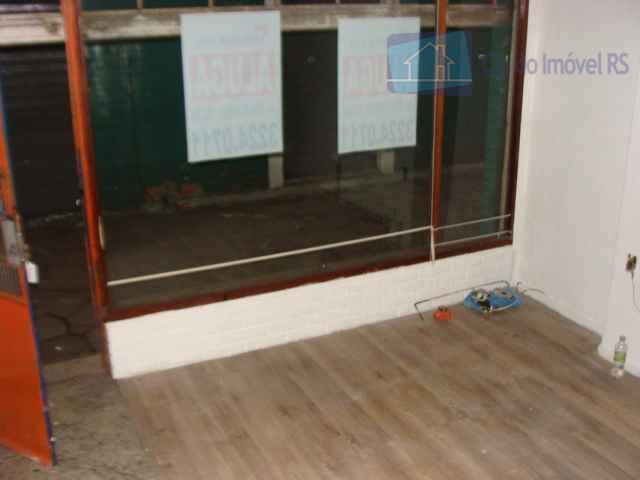 loja  com  20m²,banheiro,mezanino.ligue (51) 3341.8626 e agende sua visita, mais opções em www.ciadoimovelrs.com.br
