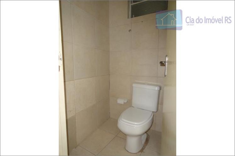 excelente casa comercial com 270 m, living amplo , 02 dormitórios, piso parquet, 04 ar condicionado,...