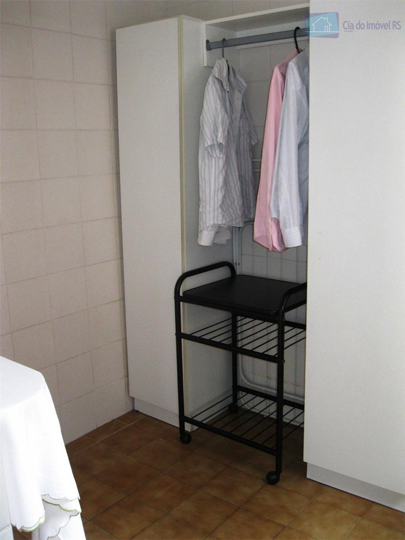 apartamento com dois dormitórios suite dependência de empregada banheiro social churrasqueira área de serviço elevador garagem...