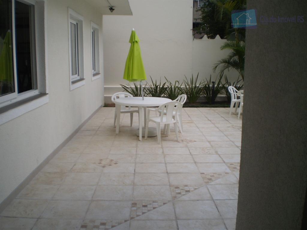 Apartamento residencial à venda, Passo da Areia, Porto Alegre.