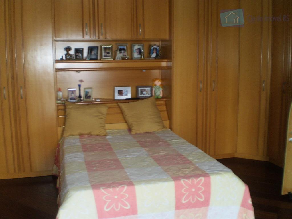 casa com quatro dormitórios mais um soto grande pode ser outro dormitório sala cozinha lavanderia garagem...