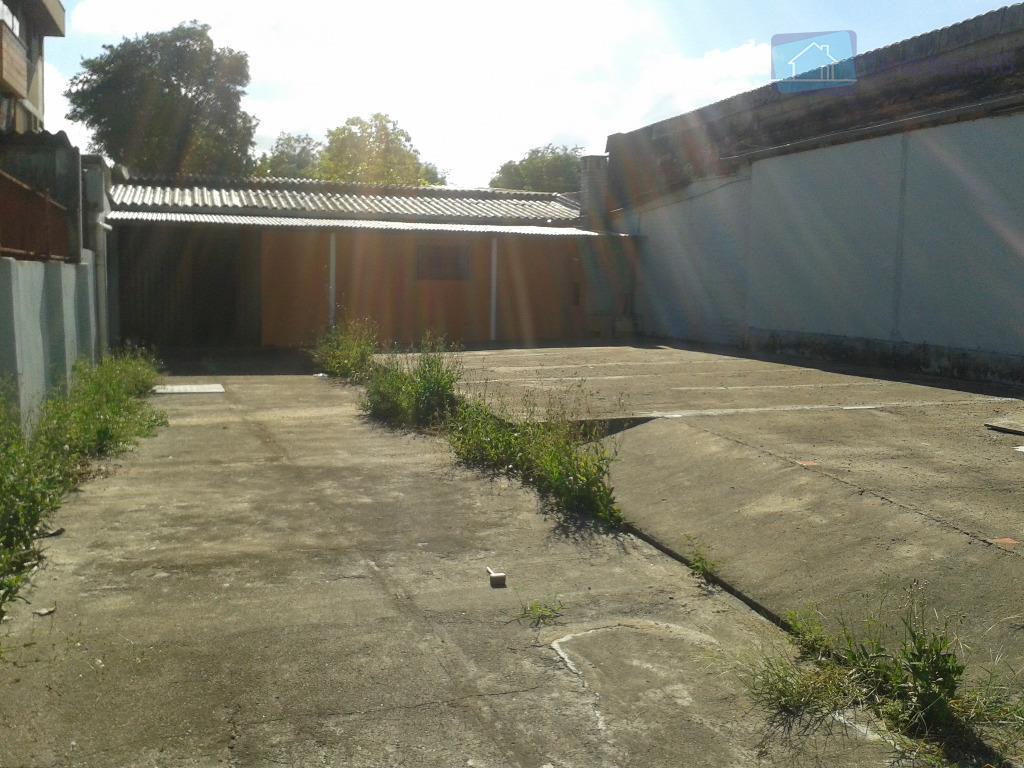 deposito com 150m de área construída, 200m de área aberta,banheiro, ótima localização, próximo a av. sertório.ligue...