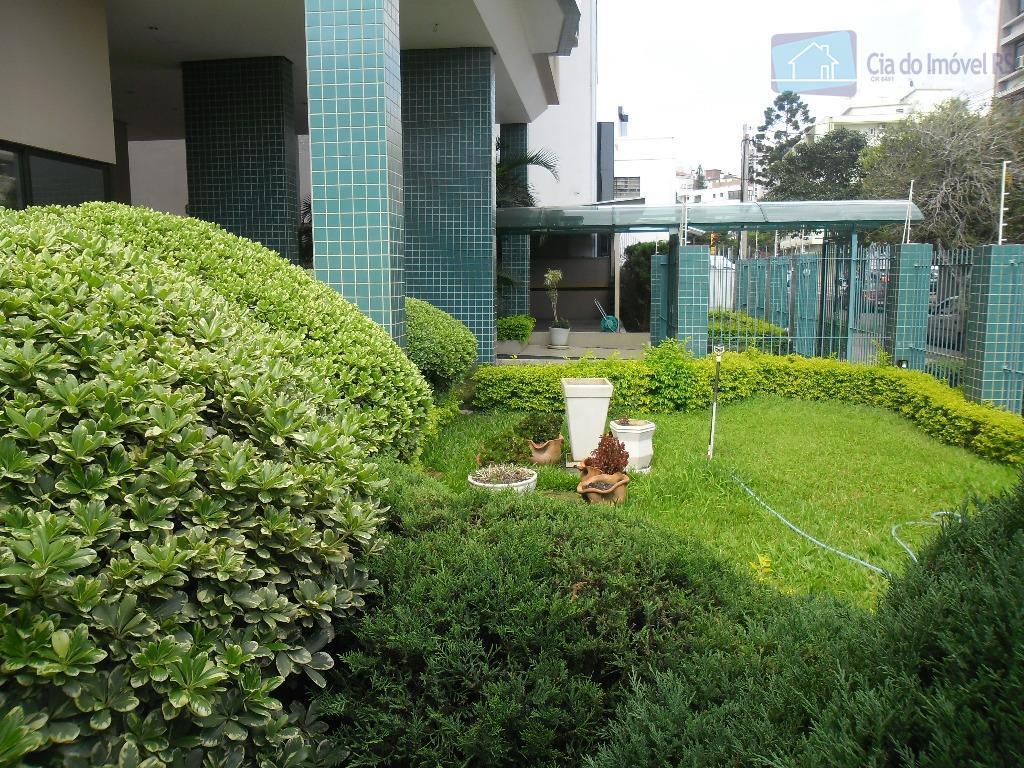 ciadoimovelrs oferece excelente oportunidade de negócio a três quadras da sogipa. em edifício suntuoso com hall...