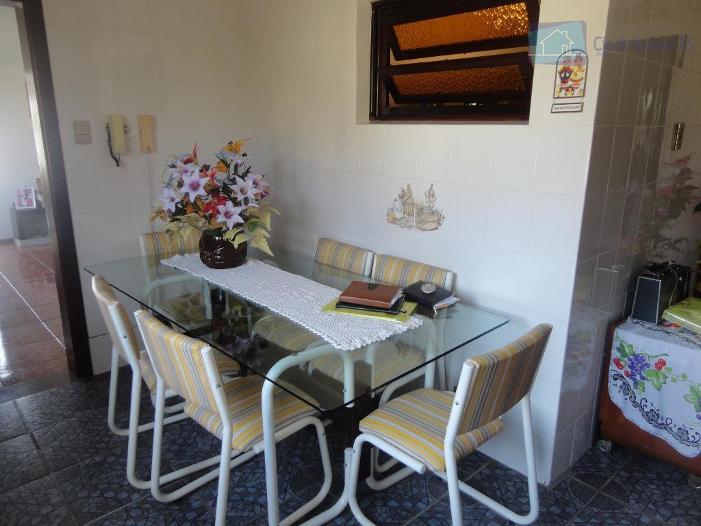 otima casa,- 02 dormitórios,- suite com hidro,- sala ,- cozinha ampla,- banheiro social,- banheiro auxiliar,- deposito,-...