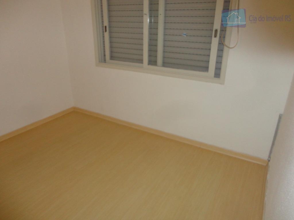 otimo apartamento,- 02 dormitórios,- dormitório casal com moveis sob medida,- living ,- cozinha ,- banheiro social...