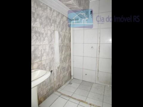 ótimo deposito com área útil de 570m², possui banheiros,vao livre,possui ppci,ótima localização,próximo: rua ramiro barcelos.ligue (51)...