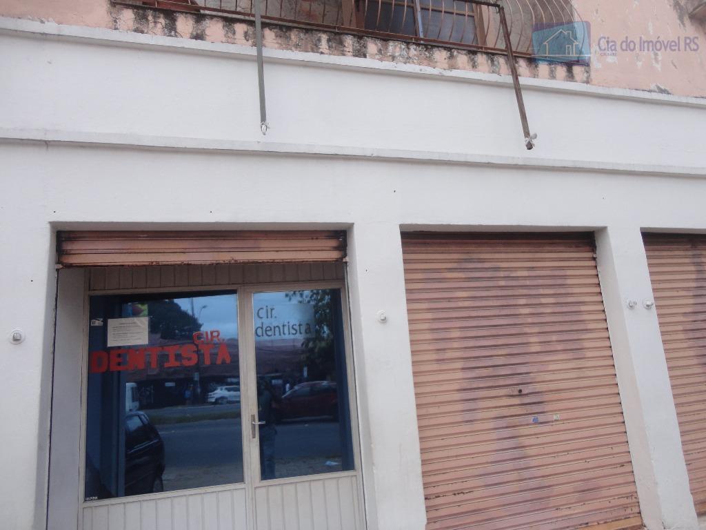 prédio comercial na av. cavalhada,- frente,- 04 salas térreas de frente ,- amplo patio.parte superior,- apartamento,-...