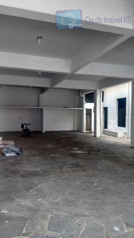 prédio com 500m² de área construida,distribuídos em varias salas,banheiros,salas amplas,excelente localização,ao lado do consulado americano.ligue (51)...