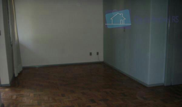 excelente casa comercial com 220 m², com 03 dormitorios, sala, cozinha, banheiro, patio, garagem com churrasqueira....