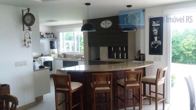excelente residência nova em alvenaria, com área 225m2, terreno com 1.500m2 (25x60m) alto e plano, sendo...