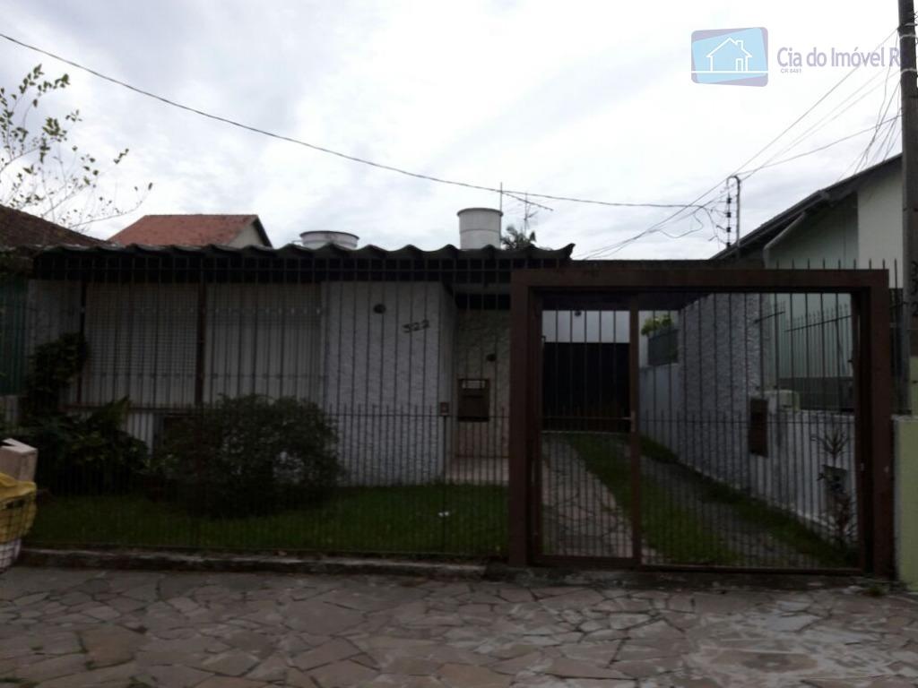 casa com 154m²,ampla,02 dormitórios,sala,cozinha,área de serviços,churrasqueira.ligue (51) 3341.8626 e agende sua visita, mais opções em www.ciadoimovelrs.com.br.atendimento...