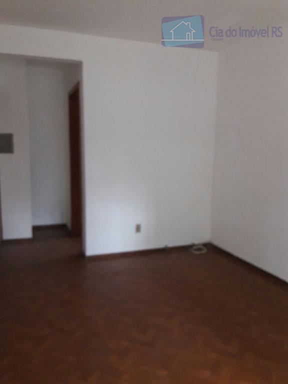 excelente apartamento térreo com 02 dorm, sala, cozinha, banheiro, área de serviço, sacada, 01 vaga de...
