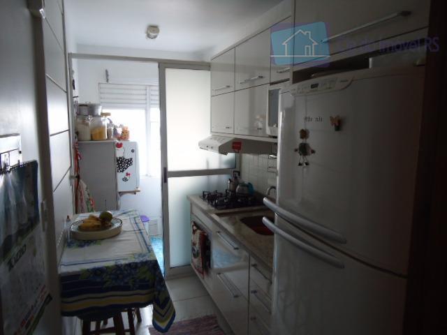 excelente apartamento com 02 dormitórios,sala ampla com sacada churrasqueira,cozinha,banheiro,área de serviços,01 vaga de garagem descoberta,portaria 24...