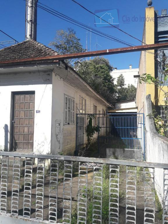 excelente terreno com 02 casas ,ligue (51) 3341.8626 e agende sua visita, mais opções em www.ciadoimovelrs.com.br.atendimento...