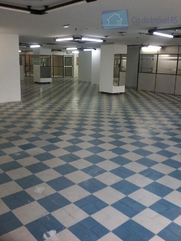 excelente loja com 344m², 2º andar na av. assis brasil, com ampla circulação de pessoas com...