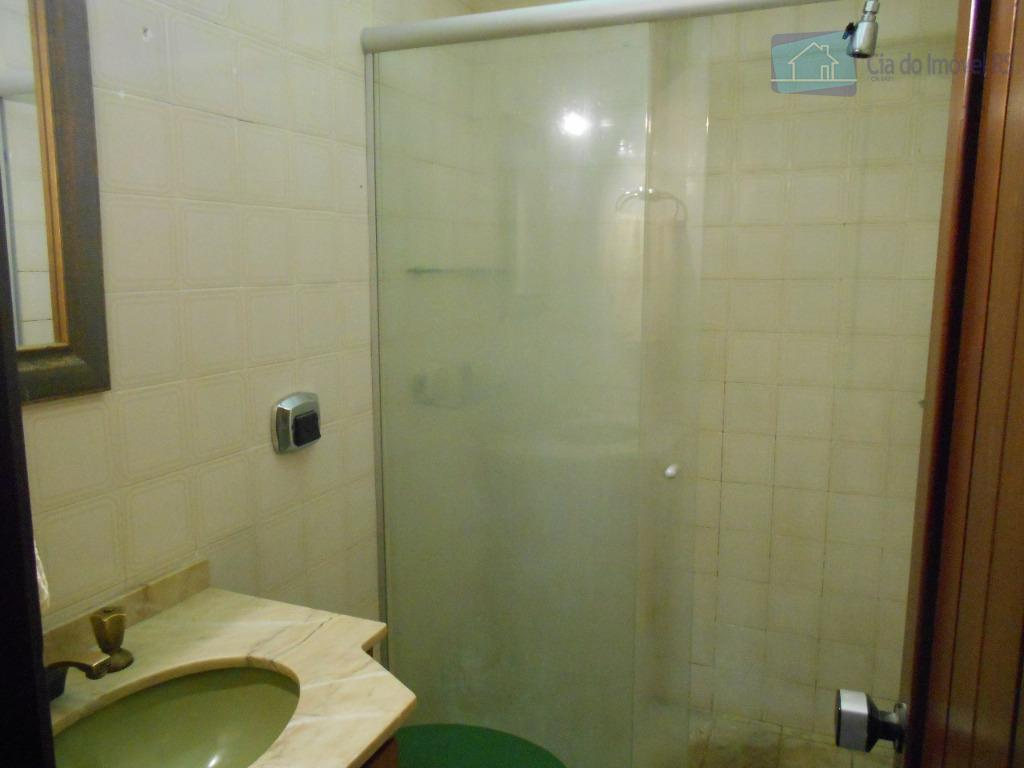excelente apartamento com 02 dormitórios com opção para 03,sala com lareira,piscina,churrasqueira,cozinha,banheiro,área de serviço,prédio pequeno,01 vaga de...